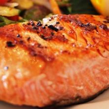 Rezept Lachs auf Rucola Salat und Rohrkartoffeln- schnell und gut