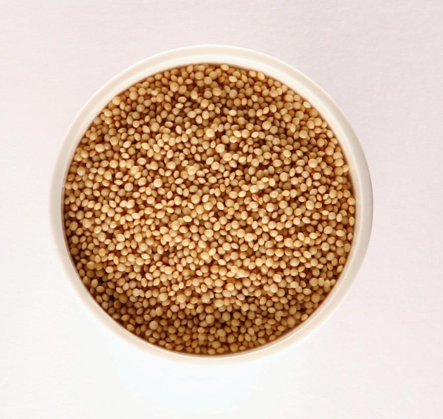 Amaranth ist keine Getreideart sondern ein Pseudogetreide und gehört zur Familie der Fuchsschwanzgewächse